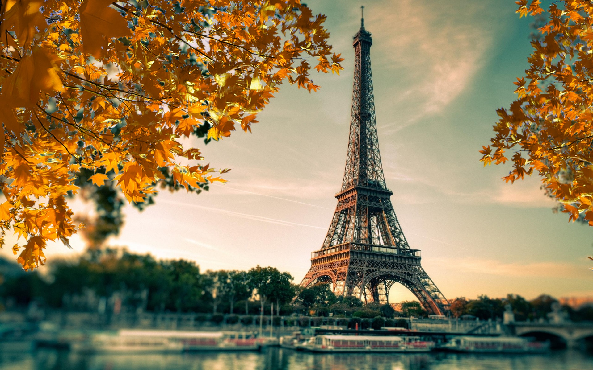 feuilles-d-automne-ville-paris-tour-eiffel-fond-ecran
